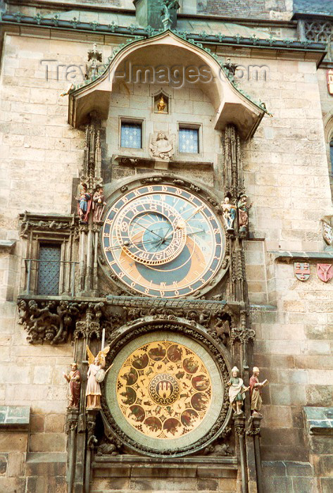 czech6: Czech Republic - Prague / Praha: the Astronomical Clock by Nikolaus von Kaaden (Staromestska radnice a orloj) - photo by Miguel Torres - (c) Travel-Images.com - Stock Photography agency - Image Bank