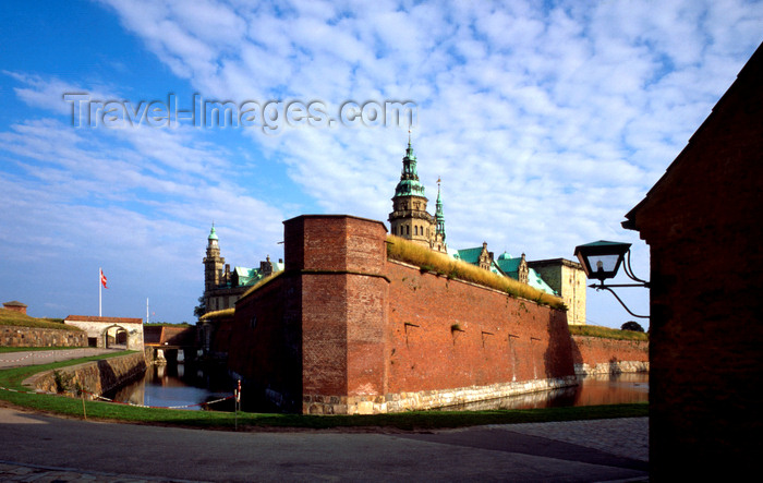 denmark25: Helsingør, Zealand, Denmark: Kronborg Castle - controls one of the few outlets to the Baltic Sea - photo by J.Fekete - (c) Travel-Images.com - Stock Photography agency - Image Bank