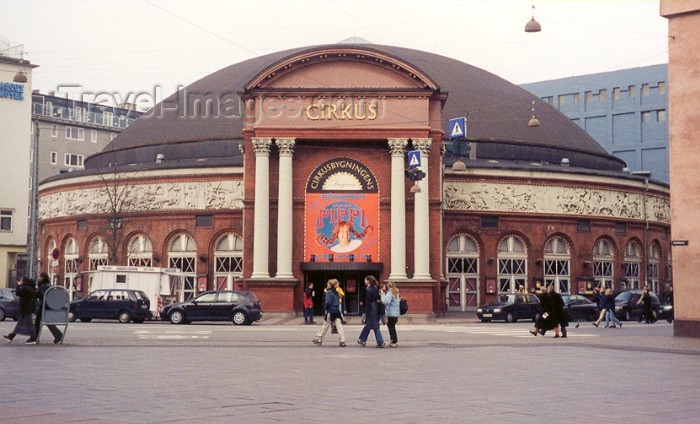 denmark3: Copenhagen: the Circus Dome on Axeltorv  - photo by M.Torres - (c) Travel-Images.com - Stock Photography agency - Image Bank