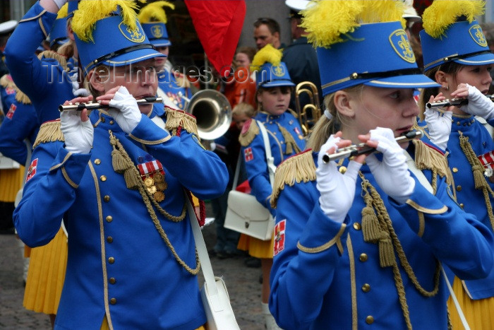 denmark43: Denmark - Copenhagen: pipers on parade - photo by C.Blam - (c) Travel-Images.com - Stock Photography agency - Image Bank