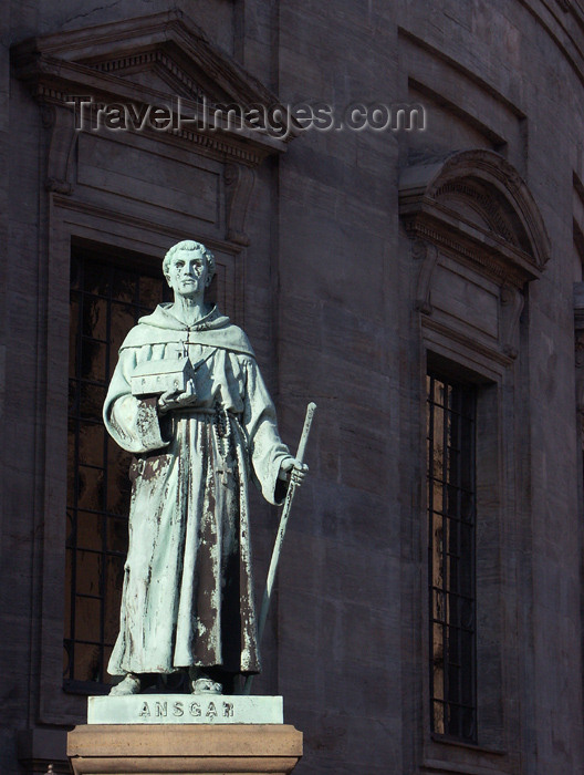 denmark51: Denmark - Copenhagen / København / CPH: statue of St Ansgar - Archbishop of Hamburg-Bremen - photo by G.Friedman - (c) Travel-Images.com - Stock Photography agency - Image Bank