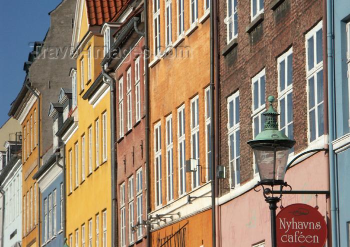 denmark57: Denmark - Copenhagen / København / CPH: built rainbow - Nyhavn - photo by G.Friedman - (c) Travel-Images.com - Stock Photography agency - Image Bank