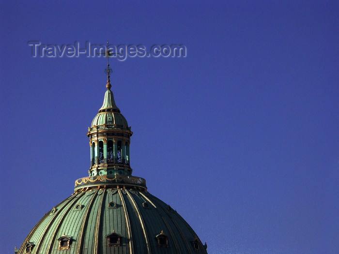 denmark61: Denmark - Copenhagen / København / CPH: Frederick's Church - Marmorkirken - Frederiks Kirke - dome - photo by G.Friedman - (c) Travel-Images.com - Stock Photography agency - Image Bank