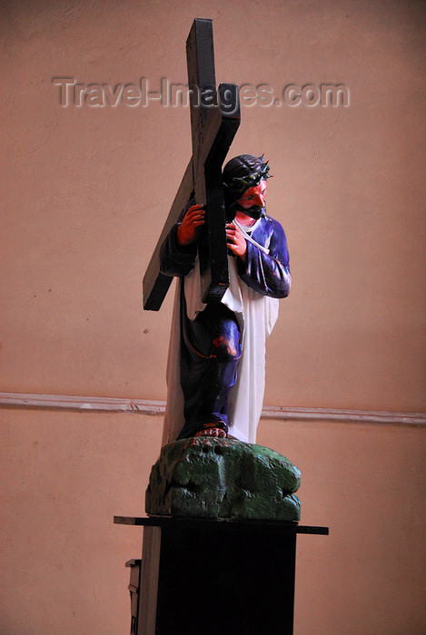dominican128: Higüey, Dominican Republic: Christ in the San Dionisio church - photo by M.Torres - (c) Travel-Images.com - Stock Photography agency - Image Bank
