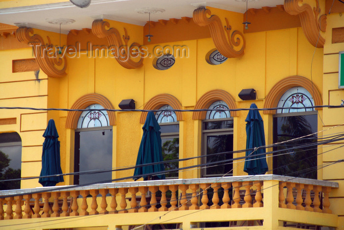 dominican130: Higüey, Dominican Republic: balcony - photo by M.Torres - (c) Travel-Images.com - Stock Photography agency - Image Bank