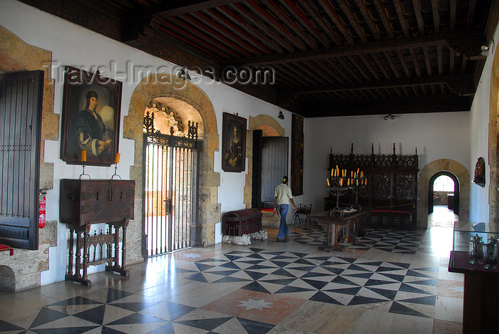 dominican16: Santo Domingo, Dominican Republic: Alcazar de Colon - receptions room - salon de recepciones - Ciudad Colonial - Unesco World Heritage - photo by M.Torres - (c) Travel-Images.com - Stock Photography agency - Image Bank