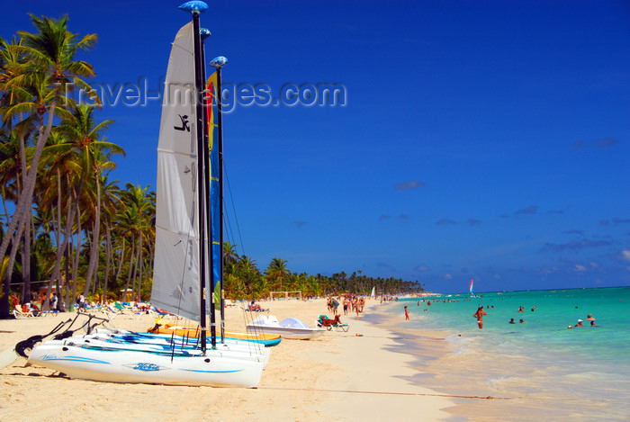 dominican179: Punta Cana, Dominican Republic: catamarans wait for the tourists - Arena Gorda Beach - photo by M.Torres - (c) Travel-Images.com - Stock Photography agency - Image Bank