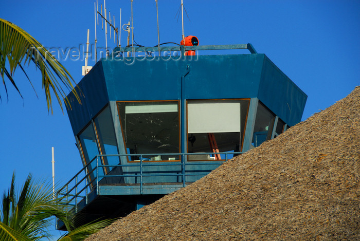 dominican207: Punta Cana, Dominican Republic: control tower - Punta Cana International Airport - PUJ / MDPC - photo by M.Torres - (c) Travel-Images.com - Stock Photography agency - Image Bank