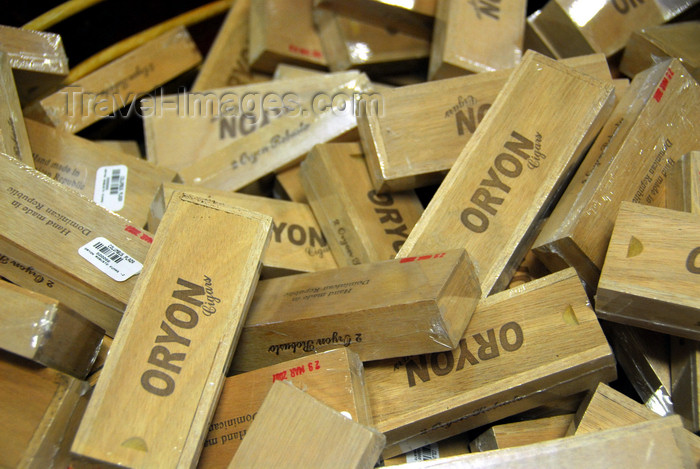 dominican234: La Romana, Dominican Republic: pile of cigar boxes - Oryon - photo by M.Torres - (c) Travel-Images.com - Stock Photography agency - Image Bank