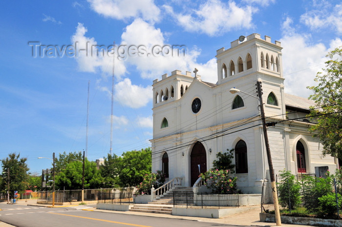 dominican255: Monte Cristi, Dominican Republic: San Fernando de Montecristi Catholic church - Plaza Duarte - photo by M.Torres - (c) Travel-Images.com - Stock Photography agency - Image Bank