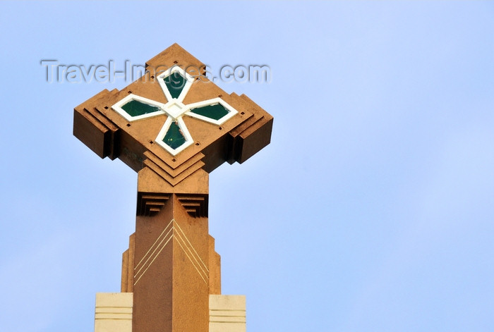 dominican285: Puerto Plata, Dominican republic: cross atop the Cathedral of San Felipe - Catedral de San Felipe Apóstol - photo by M.Torres - (c) Travel-Images.com - Stock Photography agency - Image Bank