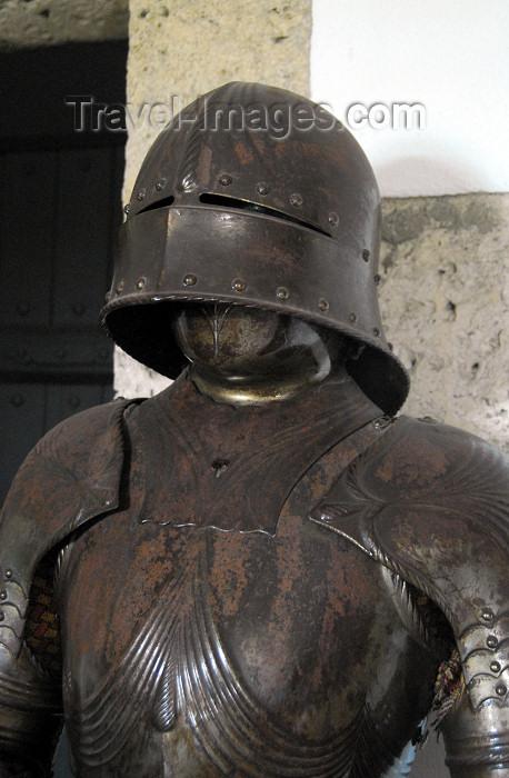 dominican3: Santo Domingo, Dominican Republic: Alcazar de Colon - 15th century soldier in iron armour - armadura de hierro del siglo XV utilizada por los soldados - Ciudad Colonial - Unesco World Heritage - photo by M.Torres - (c) Travel-Images.com - Stock Photography agency - Image Bank