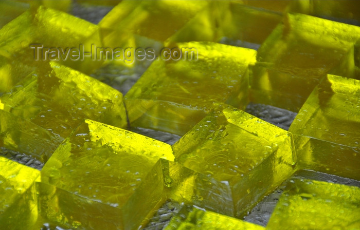 dominican331: Río San Juan, María Trinidad Sánchez province, Dominican republic: gelatin dessert - jelly squares - photo by M.Torres - (c) Travel-Images.com - Stock Photography agency - Image Bank
