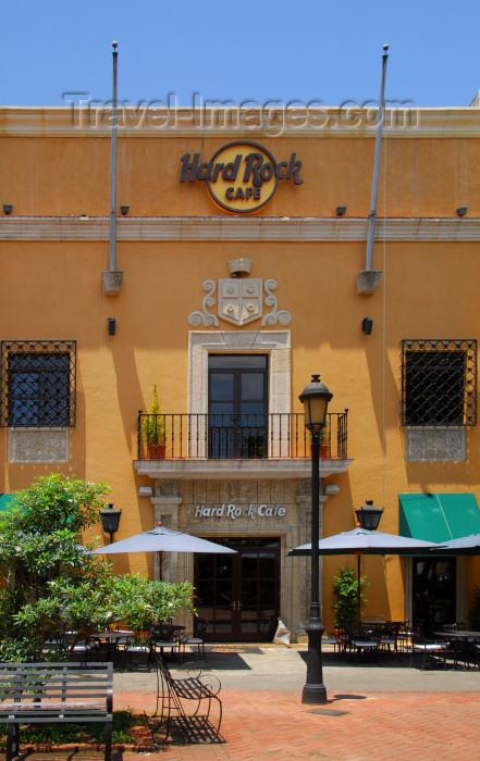 dominican78: Santo Domingo, Dominican Republic: Hard Rock Café Santo Domingo - Parque Colón - photo by M.Torres - (c) Travel-Images.com - Stock Photography agency - Image Bank