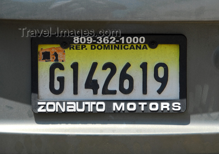 dominican88: Santo Domingo, Dominican Republic: Dominican car license plate - photo by M.Torres - (c) Travel-Images.com - Stock Photography agency - Image Bank