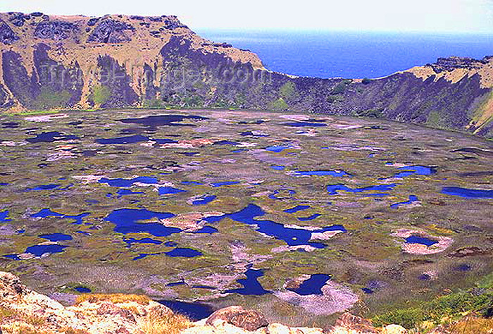 easter10: Easter Island / Rapa Nui - Orongo: Rona Kau crater - lake in the crater of an extinct volcano - photo by G.Frysinger - (c) Travel-Images.com - Stock Photography agency - Image Bank