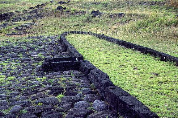 easter19: Easter Island / Rapa Nui: site of early native dwelling - photo by G.Frysinger) - (c) Travel-Images.com - Stock Photography agency - Image Bank