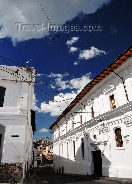 ecuador107: Quito, Ecuador: San Fernando Dominican College - Colegio Domincano San Fernando - Domincan complex - Calle Juan José Flores, Plaza Santo Domingo - photo by M.Torres - (c) Travel-Images.com - Stock Photography agency - Image Bank