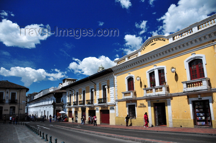 ecuador111: Quito, Ecuador: La Prensa Católica bookshop, Benalcazar Restaurant and Banco Pichincha - Plaza San Francisco - east side - Calle Sebastián de Benalcazar - photo by M.Torres - (c) Travel-Images.com - Stock Photography agency - Image Bank
