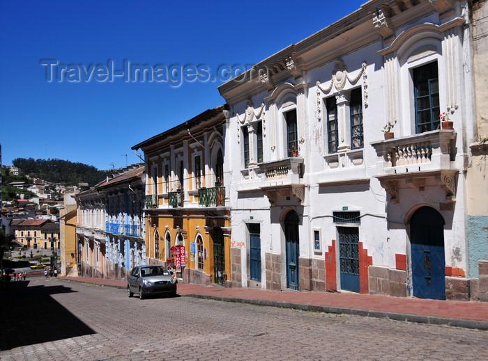 ecuador127: Quito, Ecuador: going down along Calle Francisco Caldas - old buildings of the Centro Historico - photo by M.Torres - (c) Travel-Images.com - Stock Photography agency - Image Bank