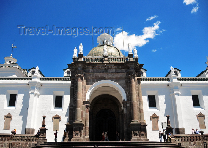 ecuador144: Quito, Ecuador: Catedral Metropolitana - Metropolitan Cathedral - Gothic-Mudejar style, built between 1562 and 1567 - historical center - UNESCO world heritage - photo by M.Torres - (c) Travel-Images.com - Stock Photography agency - Image Bank