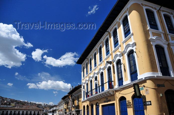 ecuador152: Quito, Ecuador: Casa Agrícola y Ganadera - corner of Calles Bolivar and Benalcázar - Plaza San Francisco - photo by M.Torres - (c) Travel-Images.com - Stock Photography agency - Image Bank