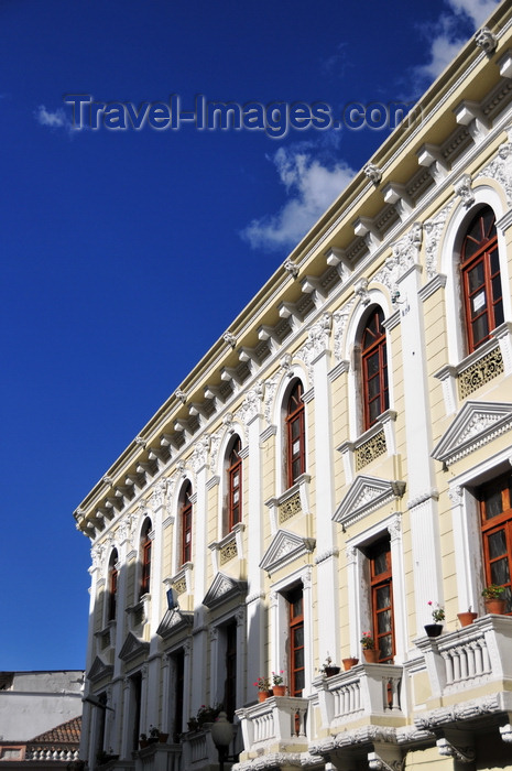 ecuador164: Quito, Ecuador: 19th century palace on Calle Gabriel Garcia Moreno - photo by M.Torres - (c) Travel-Images.com - Stock Photography agency - Image Bank