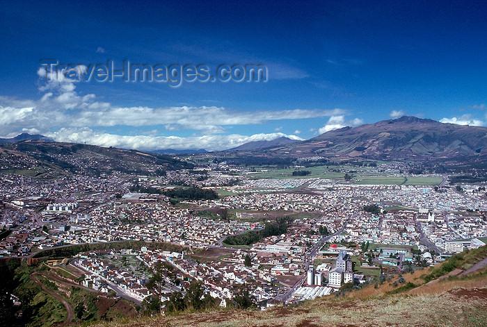 ecuador31: Ecuador - Quito: Panoramic view - photo by J.Fekete - (c) Travel-Images.com - Stock Photography agency - Image Bank