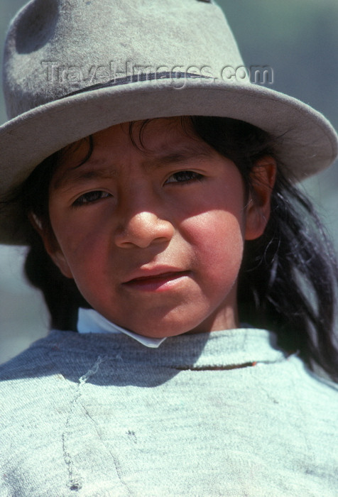 ecuador40: Ecuador - Quito: Quechua boywith hat - photo by J.Fekete - (c) Travel-Images.com - Stock Photography agency - Image Bank