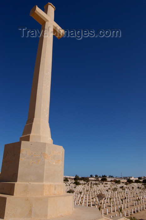egypt138: Egypt - El Alamein:  WW2 war memorial and cemetery - cross - photo by  J.Wreford - (c) Travel-Images.com - Stock Photography agency - Image Bank