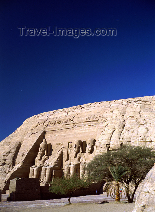 egypt28: Abu Simbel, Aswan Governorate, Egypt: temple built by Pharaoh Ramesses II - western bank of Lake Nasser - UNESCO World Heritage Site - photo by J.Fekete - (c) Travel-Images.com - Stock Photography agency - Image Bank