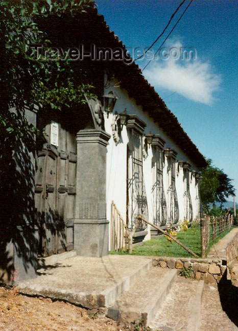 el-salvador11: El Salvador - Ilobasco: hacienda entrance - photo by G.Frysinger - (c) Travel-Images.com - Stock Photography agency - Image Bank