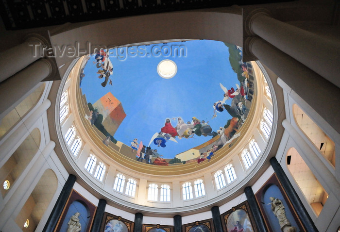 el-salvador23: San Salvador, El Salvador, Central America: Metropolitan Cathedral - interior of the dome - photo by M.Torres - (c) Travel-Images.com - Stock Photography agency - Image Bank
