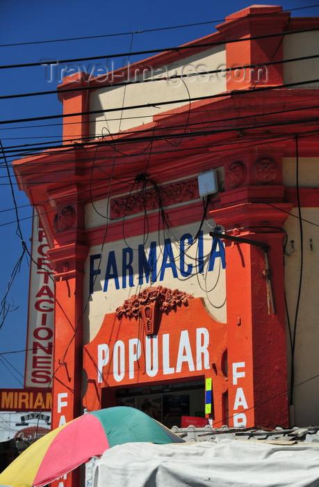 el-salvador46: San Salvador, El Salvador, Central America: pharmacy and cables - 4a calle Poniente - farmacia - photo by M.Torres - (c) Travel-Images.com - Stock Photography agency - Image Bank