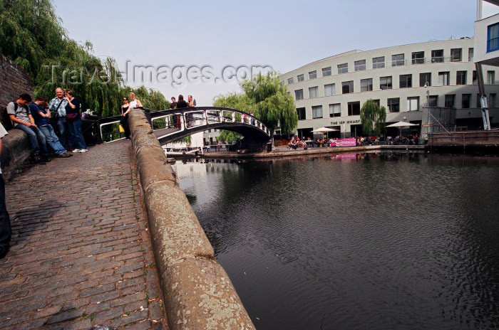 england105: England - London: at the Ice Wharf - Regent's Canal - Suffolk Wharf - Camden - photo by Craig Ariav - (c) Travel-Images.com - Stock Photography agency - Image Bank