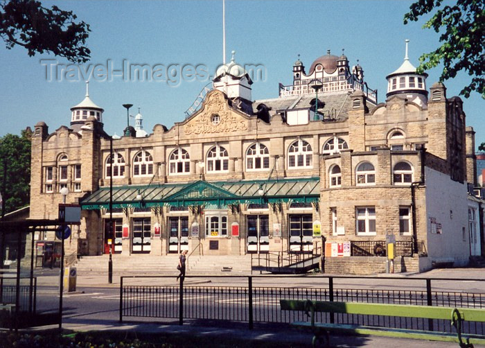 england116: Harrowgate, North Yorkshire, England: the Royal Hall - photo by M.Torres - (c) Travel-Images.com - Stock Photography agency - Image Bank