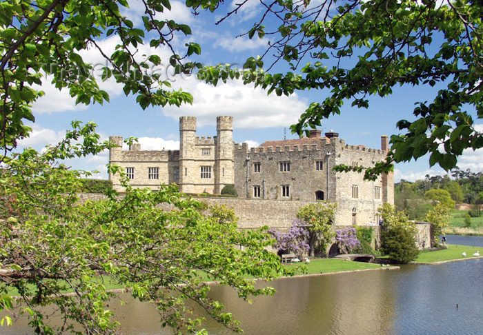 england124: Leeds Castle, Kent, South East, England (UK): through the trees - built in 1119 by Robert de Crevecoeur - photo by K.White - (c) Travel-Images.com - Stock Photography agency - Image Bank