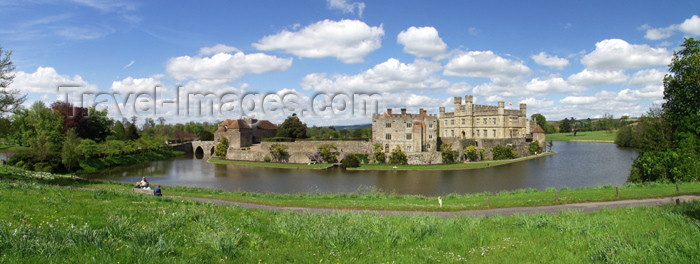 england126: Leeds Castle, Kent, South East, England (UK): fortress and moat  - wide angle - photo by K.White - (c) Travel-Images.com - Stock Photography agency - Image Bank