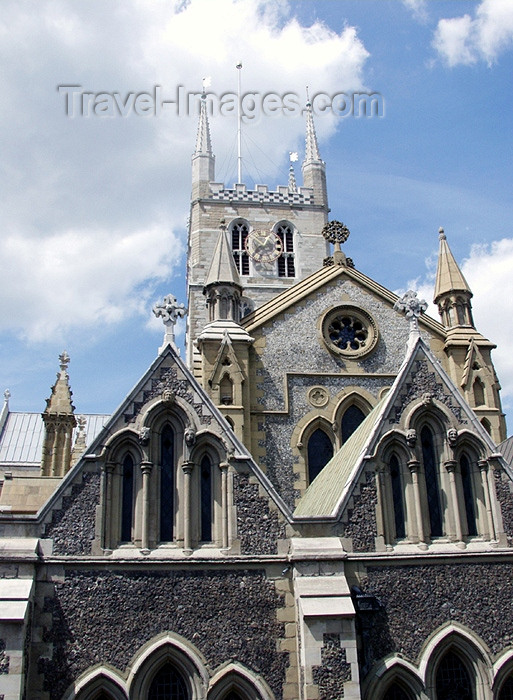 england137: London: Southwark Cathedral - photo by K.White - (c) Travel-Images.com - Stock Photography agency - Image Bank