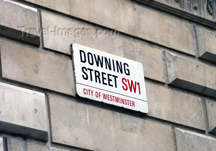 england172: London: Downing street - Whitehall, Westminster - photo by K.White - (c) Travel-Images.com - Stock Photography agency - Image Bank