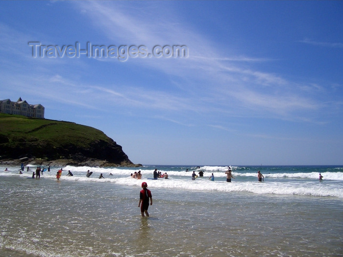 england185: England - Pholdu Cove - Cornwall: beach scene - sand and sky (photo by Chloe Severn) - (c) Travel-Images.com - Stock Photography agency - Image Bank