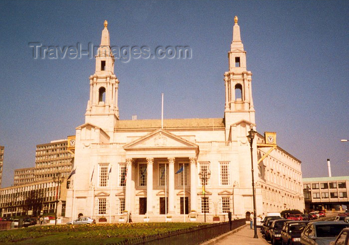 england19: Leeds / LBA, West Yorkshire, England: Millennium Square - the Civic Hall - photo by M.Torres - (c) Travel-Images.com - Stock Photography agency - Image Bank