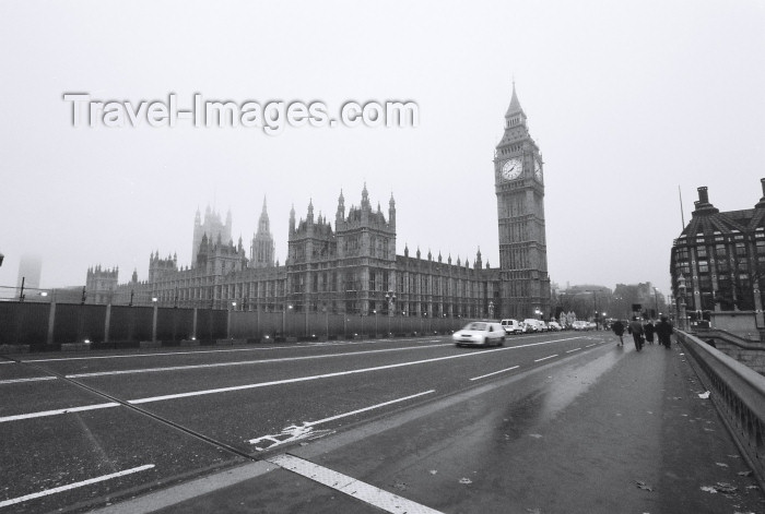 england199: London: Big Ben and Westminster Bridge - Autumn in the city - photo by C.Ariav - (c) Travel-Images.com - Stock Photography agency - Image Bank