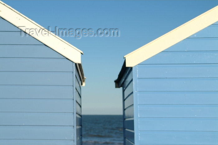 england208: Southwold, Waveney district, Suffolk, East Anglia, East England: beach huts and the Morth Sea - photo by K.White - (c) Travel-Images.com - Stock Photography agency - Image Bank