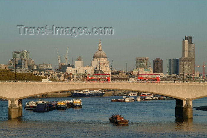 england216: London: London bridge and St Pauls Cathedral as seen from Hungerford bridge - photo by K.White - (c) Travel-Images.com - Stock Photography agency - Image Bank