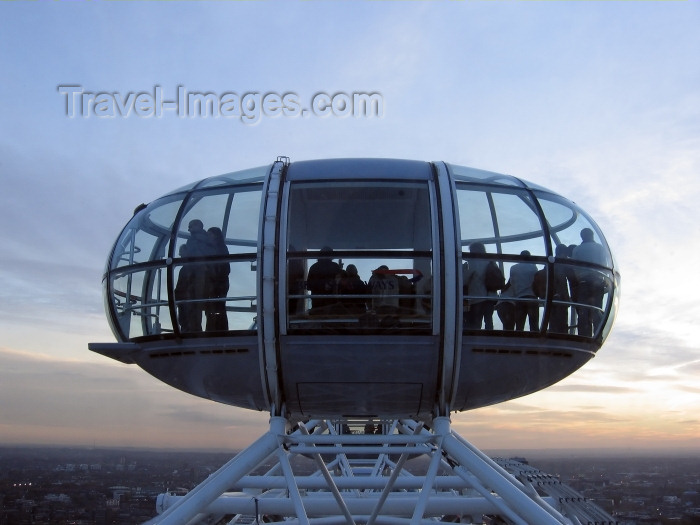england224: London: British Airways London Eye - bubble - pod - photo by K.White - (c) Travel-Images.com - Stock Photography agency - Image Bank