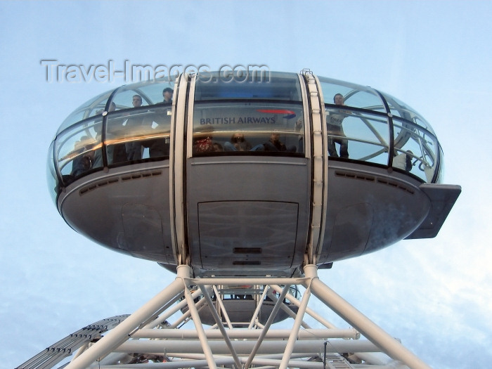england226: London: British Airways London Eye - bubble - one of the 32 sealed and air-conditioned passenger capsules - pod - photo by K.White - (c) Travel-Images.com - Stock Photography agency - Image Bank