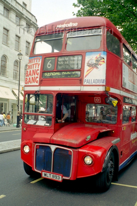 england257: London: double-decker bus - photo by M.Bergsma - (c) Travel-Images.com - Stock Photography agency - Image Bank