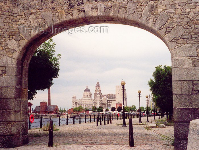 england30: England (UK) - Liverpool / LPL (Merseyside): Pier Head through an arch - photo by M.Torres - (c) Travel-Images.com - Stock Photography agency - Image Bank