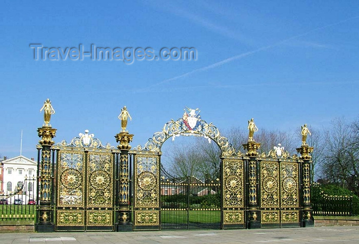 england304: Warrington, Cheshire, England, UK: The 'Golden Gates' with statues of Nike, the goddess of victory - the gates were made by the Coalbrookdale Foundry - Bank Park - photo by D.Jackson - (c) Travel-Images.com - Stock Photography agency - Image Bank